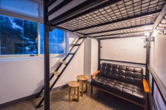 meander-hostel-room-3-travelanyway