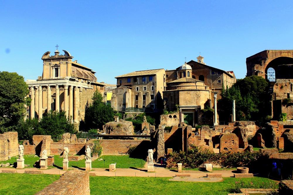 roman-forum-1-rome-italy-travelanyway