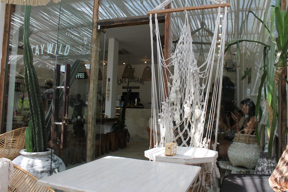 Canggu Cafe Organic Restaurant Bali Travelanyway
