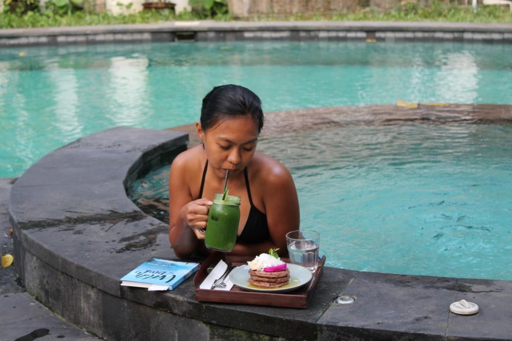Canggu Jungleroom Bali Organic Food Travelanyway