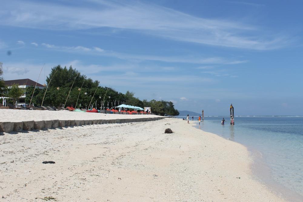Gili Trawangan Beach Shore Lombok Travelanyway