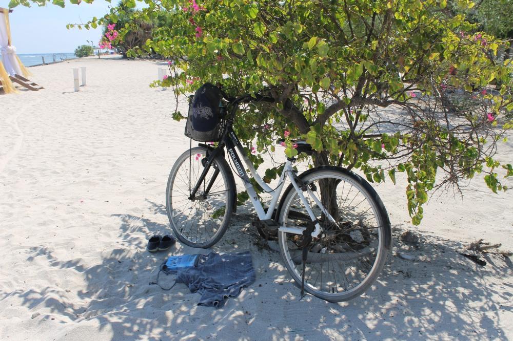 Gili Trawangan Secret Spot Biking Island Lombok Travelanyway