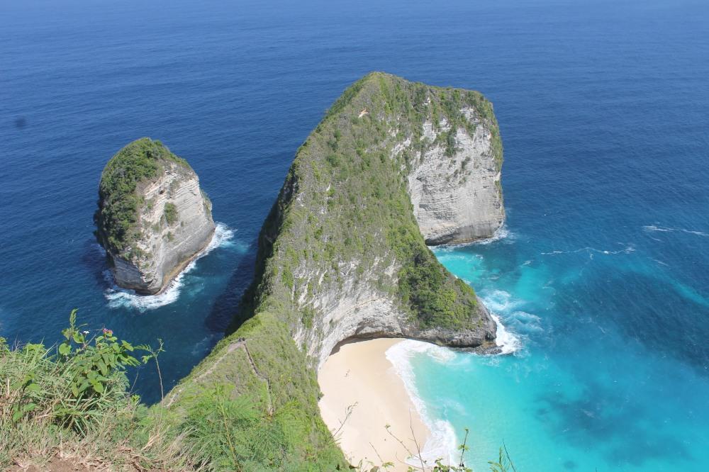 Nusa Penida Kelingking Point Bali Travelanyway