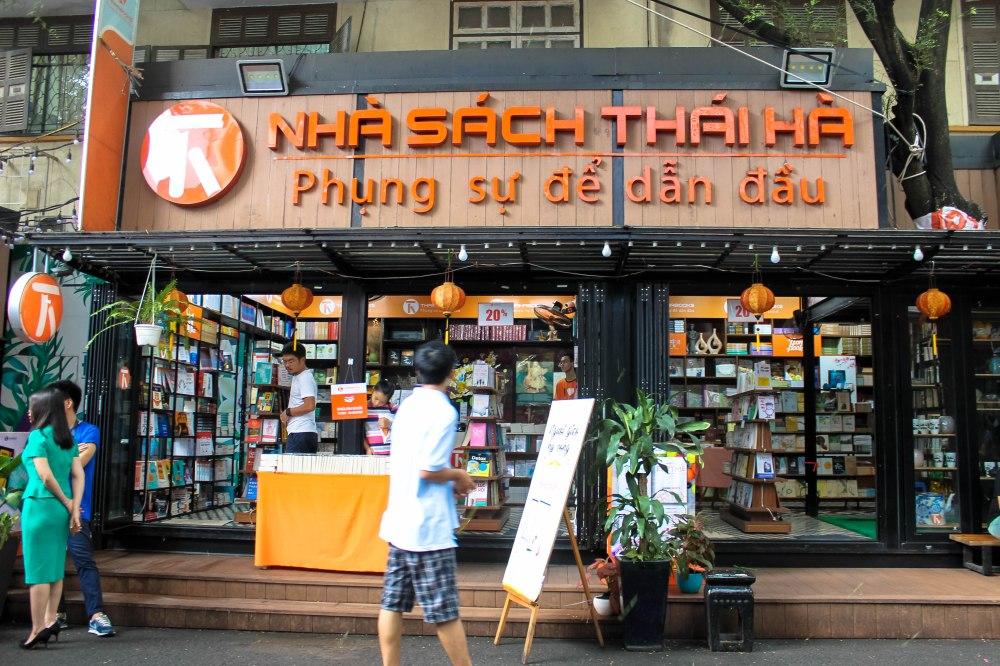 Bookstreet Nguyen Van Binh Vietnam Ho Chi Minh Saigon Travelanyway