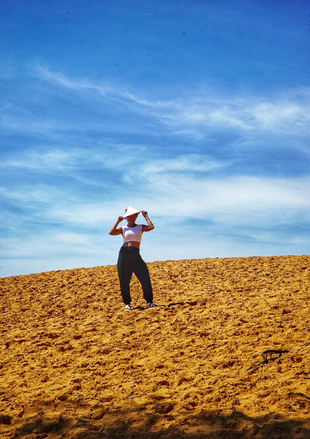 Red Sand Dunes Mui Ne Vietnam Travelanyway 2 (2)