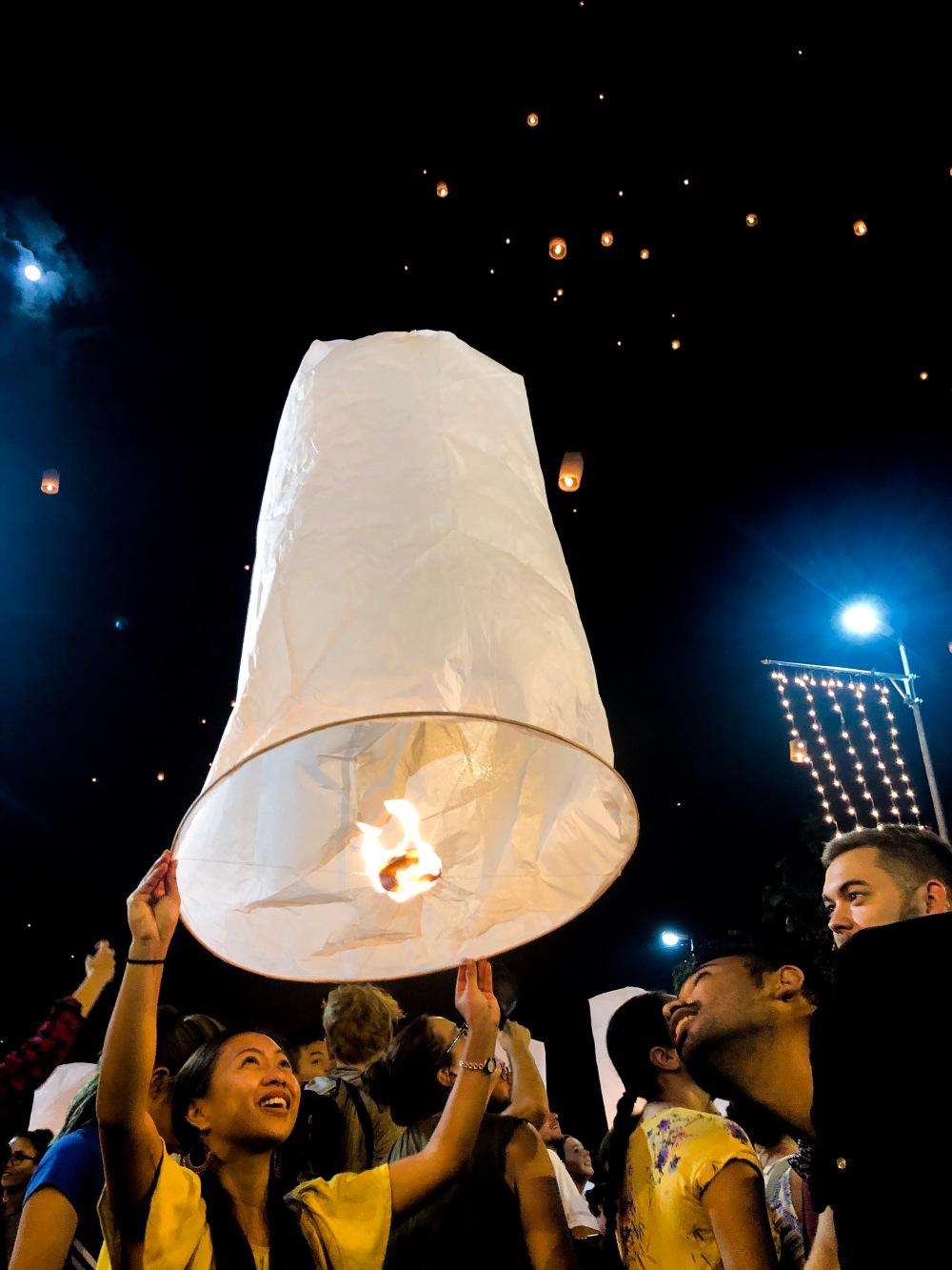Lantern Festival Chiang Mai Thailand Travelanyway 3
