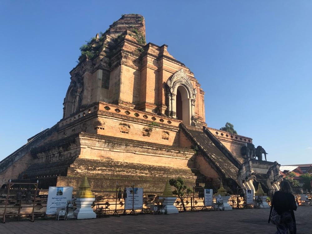 Wat Chedi Luang Temple Chiang Mai Thailand Travelanyway4 copy