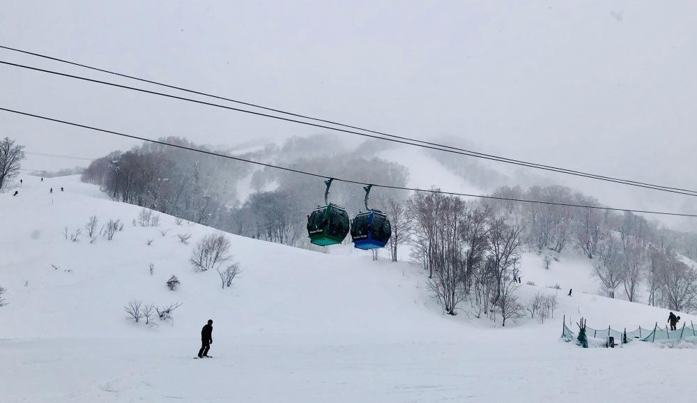 Winter in Niseko Japan Mt Annupuri Ski Green Leaf Hotel Travelanyway